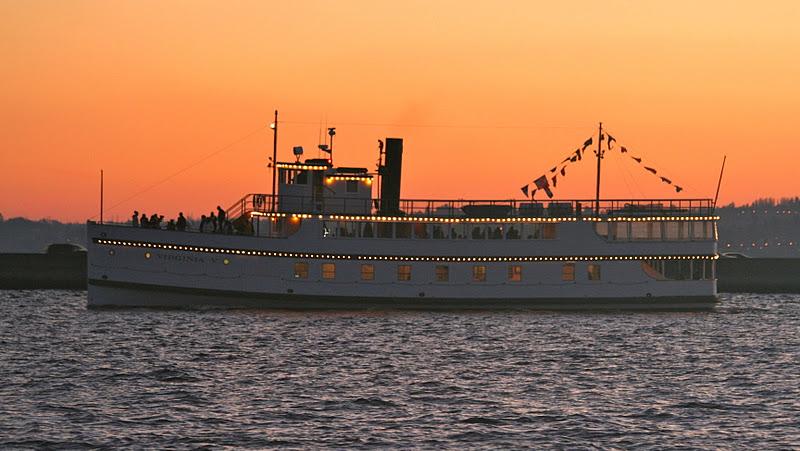 Lake Washington Sunset Cruise