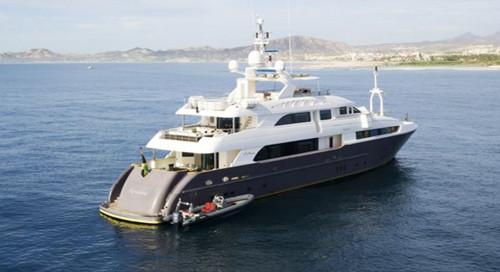 Komokwa-Luxury-Mega-Yacht