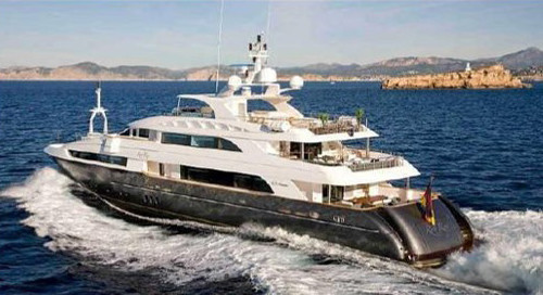 Komokwa-Luxury-Mega-Yacht-29
