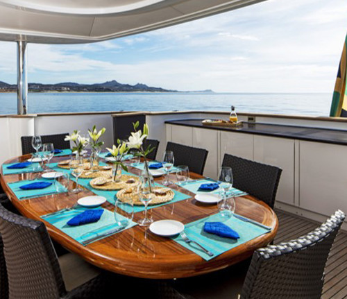 Komokwa-Luxury-Mega-Yacht-6